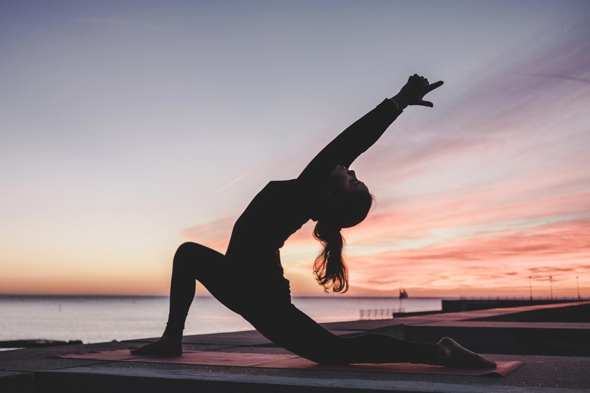 yoga maedchen